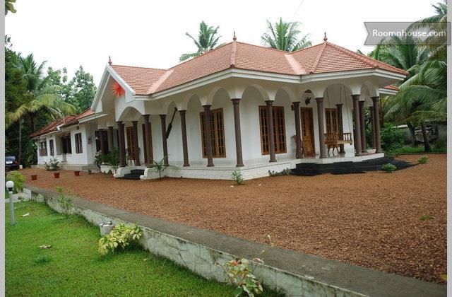 Award Winner Farmhouse In Kerala}