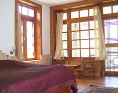 Luxurious Family Cottage In Manali