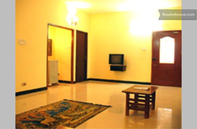 A Simple & Specious Villa }