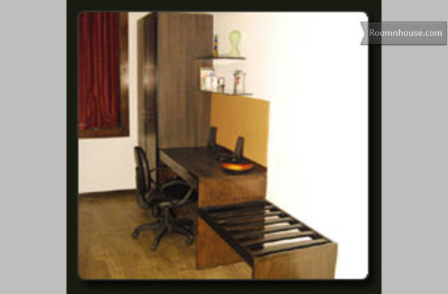 A Good Spacious Apartment }