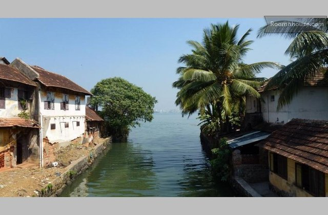 A  Heritage Homestay }