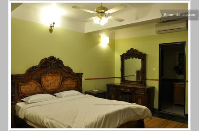 Traditional Riverside Guest Rooms @ Siolim}
