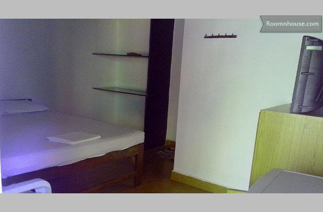 Ac Rooms @ Vagator}